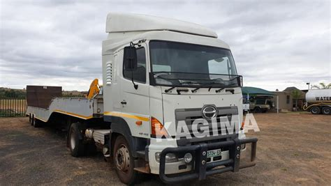 Hino 46-410 Double Diff Truck Tractor for sale on Truck Search