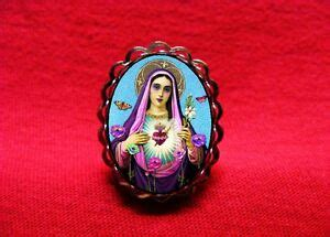 VIRGIN MARY OUR LADY OF GUADALUPE SAINT MEDAL FLOWERS