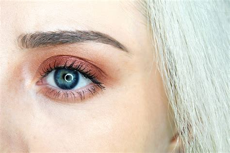 NEW Urban Decay Naked Heat Palette (First Impression