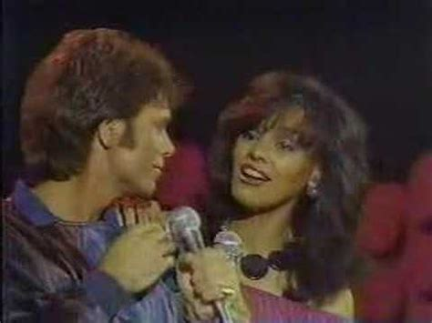 Marilyn McCoo & Cliff Richard sing Suddenly, SOLID GOLD