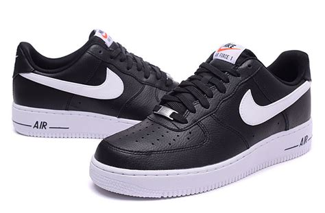 air force one homme,nike air force 1 low noir et blanche homme