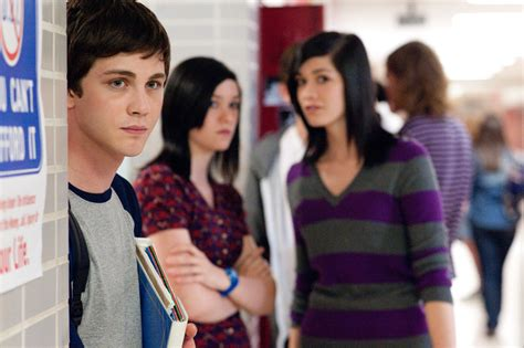 Trailer & Poster For 'The Perks of Being a Wallflower