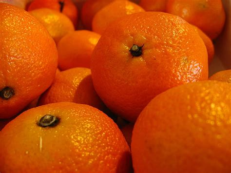 Difference Between Clementine and Mandarin | Compare the